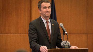 Gobernador de Virginia veta propuesta legislativa que afectaría a inmigrantes
