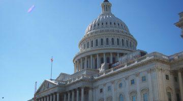 Proyecto de ley busca ampliar el acceso a los servicios de salud mental en las escuelas