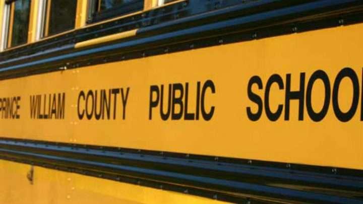 Con solo 10 y 11 años, dos niñas son acusadas de amenazar a compañera de clase
