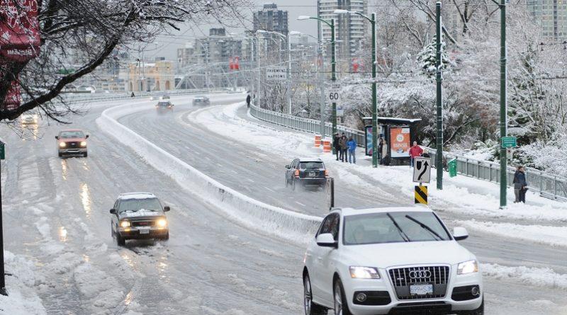 Amenaza  tormenta de invierno vigente con posibles 4-8 pulgadas de nieve para hoy miércoles.