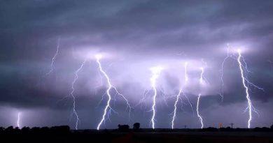 Miles sin servicio eléctrico en la zona del DMV, alertan por fuertes vientos.