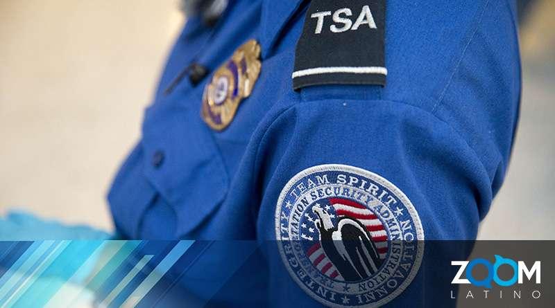 EEUU envía a empleados de la TSA a frontera.