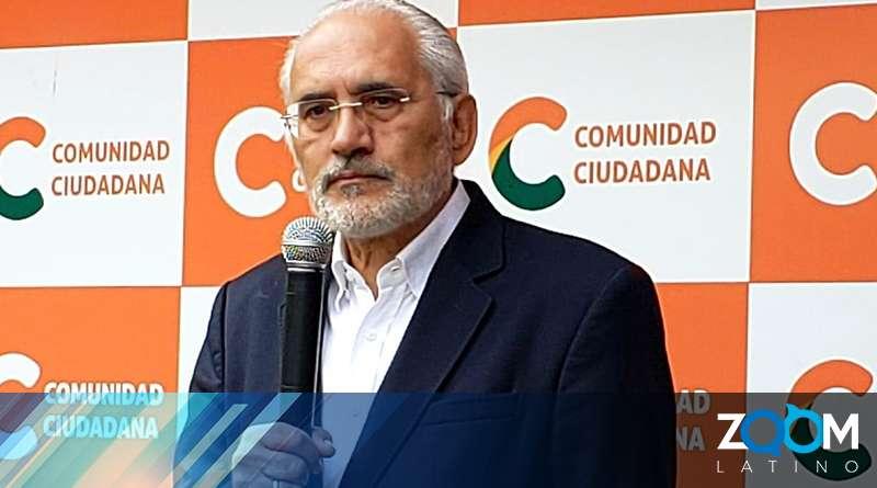 Carlos Mesa insta al gobierno de mexicano a cumplir con las normas internacionales de asilo político