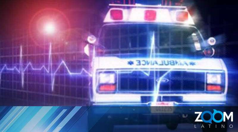 Choque entre una ambulancia y otro vehículo deja a tres personas con heridas leves