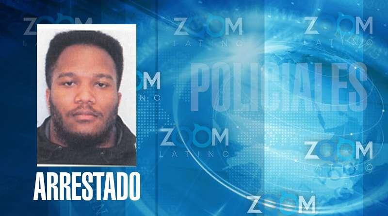 Oficiales de la policía arrestaron a un hombre y fue acusado de agresión sexual