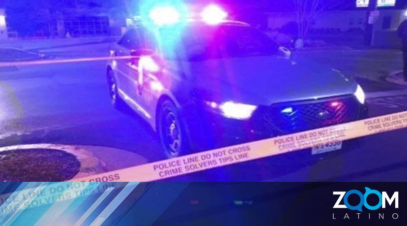 Un hombre es arrestado y asesinado en la patrulla de un oficial de la policía