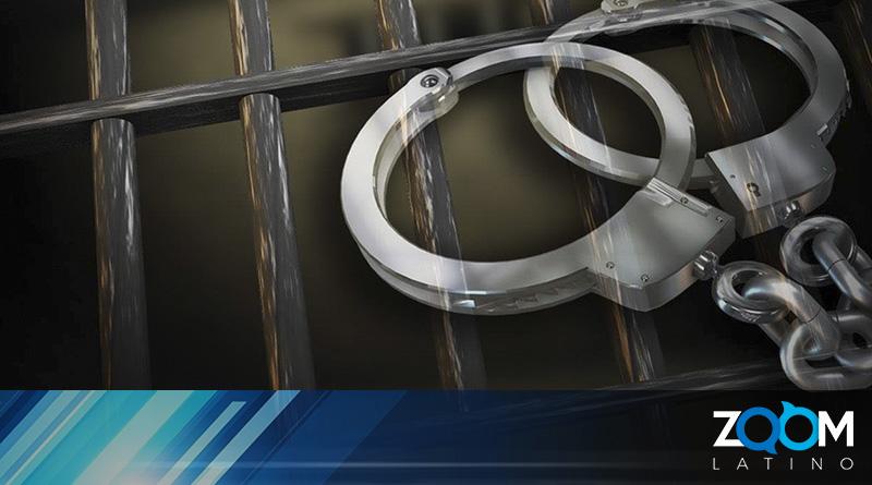 Policía arrestó a un sospechoso de apuñalar a un padre en su apartamento