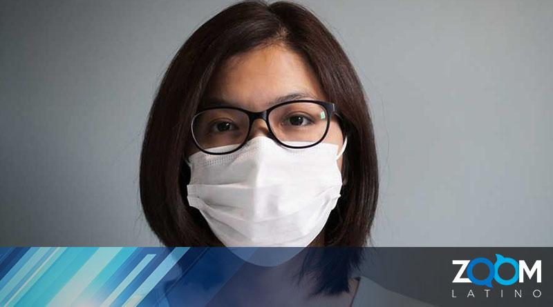 Según la CDC las personas vacunadas pueden dejar de usar máscaras en interiores